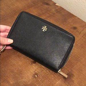 Black & Gold Tory Burch Wallet/Wristlet
